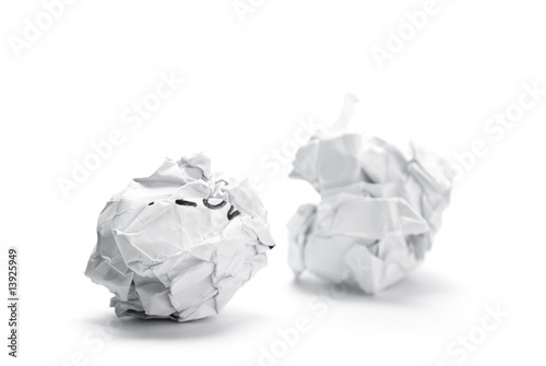 Boulette de papier froiss image sur fond blanc photo libre de droits sur la banque d 39 images - Boulette papier mariage ...