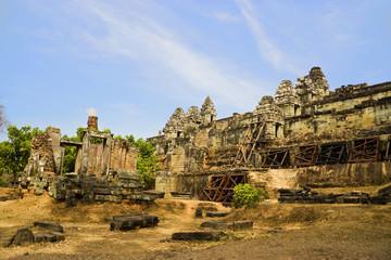 Fototapete - Phnom Bakheng Temple, Cambodia