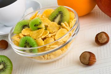 Cornflakes with fresh fruit
