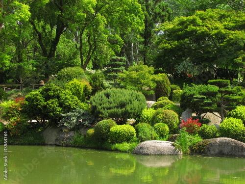 Jardin japonais photo libre de droits sur la banque d for Acheter jardin japonais