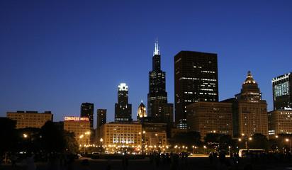 skyscraper de nuit,CHICAGO_USA