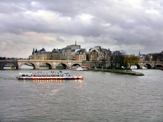 Paris, Il de la Cite