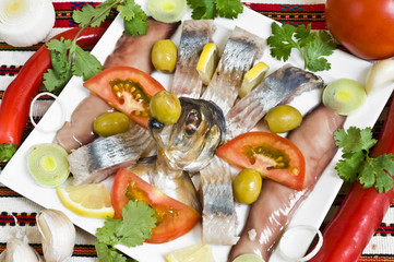 herring with red pepper and tomato