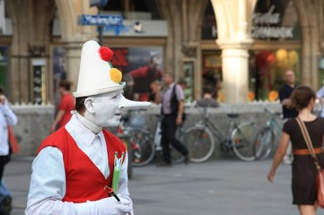 Pinocchio auf der Strasse