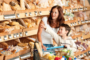 Shopping series - Woman with child in a supermarket