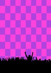 Publikum-Silhouette vor grafischem Hintergrund