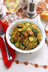 Tagliolini al tonno e zucchine - Primi piatti