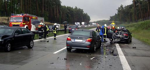 Autounfall 4