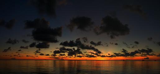 soir sur l'océan indien