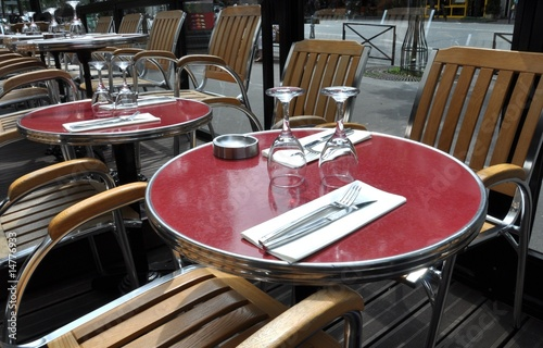 Terrasse De Cafe Parisien Stock Photo And Royalty Free Images On
