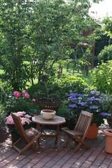 Fototapeta Sitzgruppe im Garten