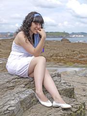 Fotobehang Chica sonriente en la playa