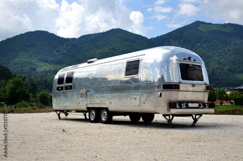 campingwagen stockfotos und lizenzfreie bilder auf. Black Bedroom Furniture Sets. Home Design Ideas