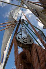 Sail ship rigging