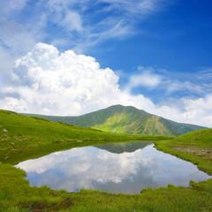 Fototapete - Mountain lake
