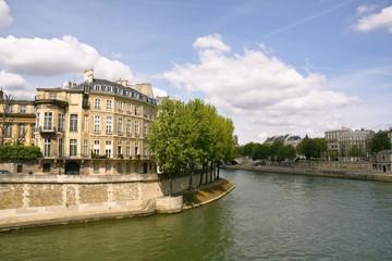 Fotobehang Les quais de Seine vers l'île Saint-Louis (Paris)