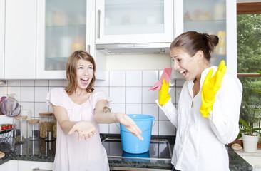 eine maus in der küche