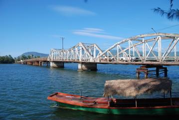 Pont a Kampot