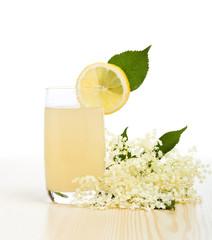 Elderberry flower flavored summer refreshment
