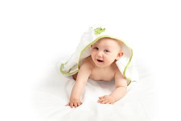 Baby mit Bademantel