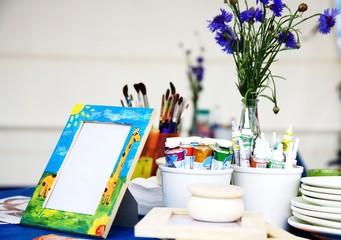 artist`s table