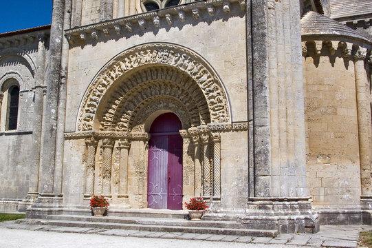 france,charente maritime,aulnay : église saint pierre