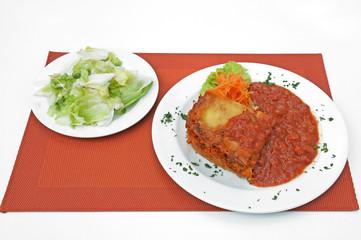 gemüselasagne mit salat