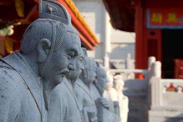 孔子の高弟72賢人の石像