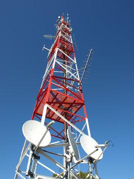 relais de télécommunications