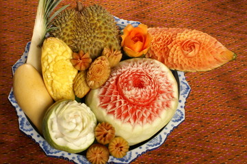 mixed fruit carving