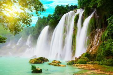 Obraz Detian waterfall - fototapety do salonu