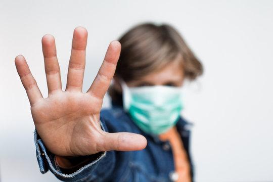 stop grippe virus main enfant h1n1 contamination masque