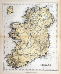 Fototapete - Old map of Ireland, 1870