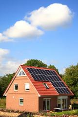 Energiespar - Haus Solardach Sonnenenergie Deutschland