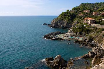 Vista Verso Il Lato Ovest Del Promontorio La Rocca - Talamone,To