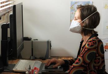 continuer à travailler avec un masque