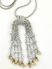 Short chain with diamond pendant