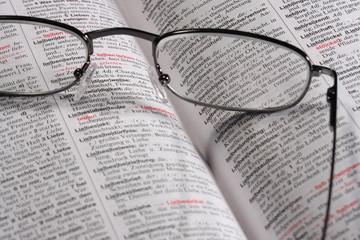 Lesen Buch Brille