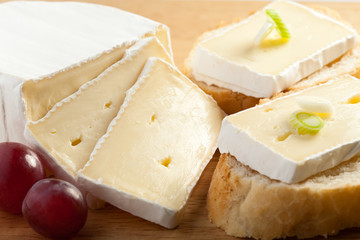 Camembert - mini sandwiches