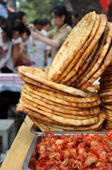 Pain musulman sur le marché à Xian, Chine