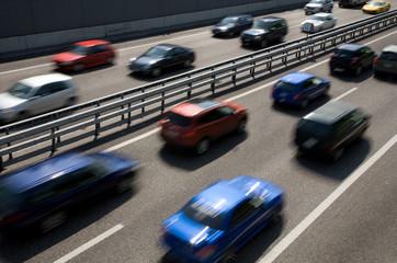 Zu kurze Abstände auf der Autobahn
