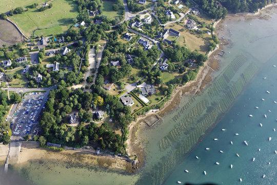 vue aerienne de la pointe d'Arradon , Golfe du Morbihan (56)