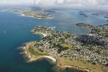 vue aerienne d'Arzon ( port crouesty ) Golfe du Morbihan (56)