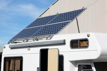 Camping car et panneau solaire