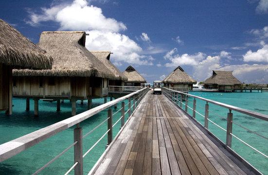 overwater bungalows at tropic lagoon in Bora-Bora