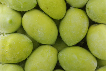 Oliven im Glas