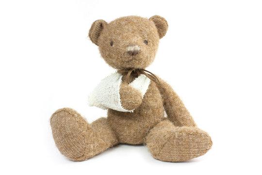 bear broken arm