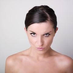 buste de jeune femme nue volonté