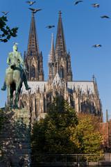 Fototapete - Kölner Dom, Kaiser Wilhelm II, Denkmal