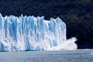 Сollapsing glacier